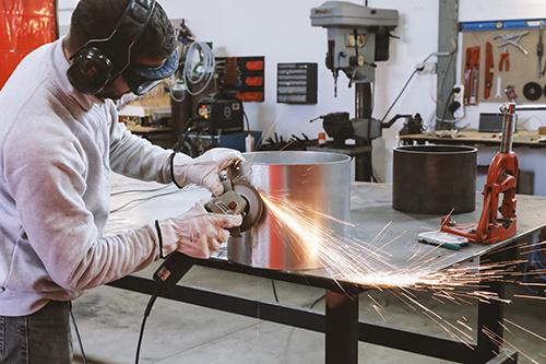 AST67 serrurier métallier chaudronnier